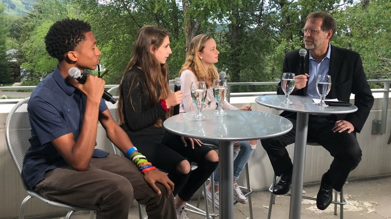 Young Leaders Discuss Gun Violence